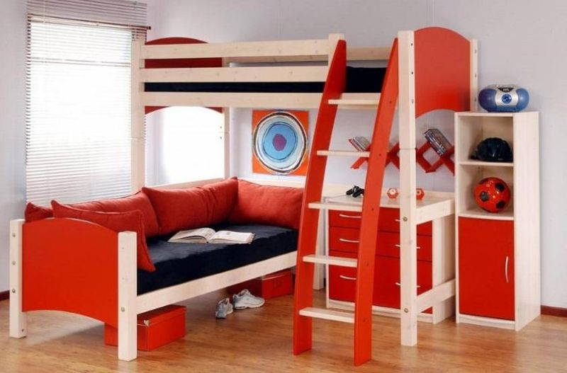 Modern-and-funky-kids-bedroom-furniture-designs-by-Bedzine-collection-1