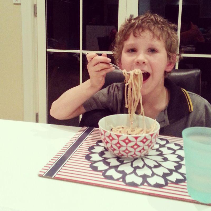 encouraging good eating habits for children